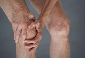 getty_rm_photo_of_knee_in_pain